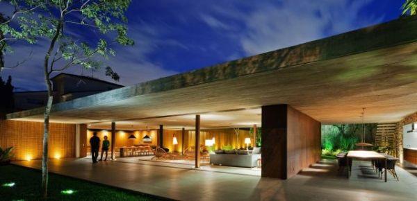 Duże przeszklenia – dom bez ścian